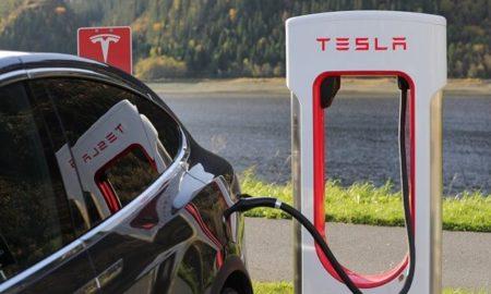 Tesla Schnellladeplätze